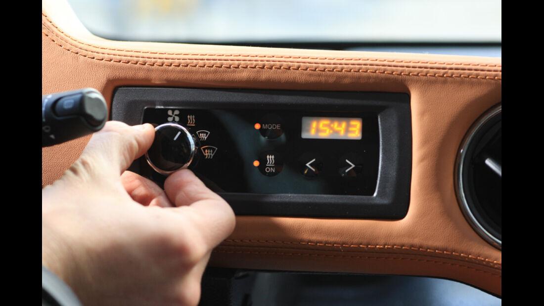 Microbus Mia, Radio