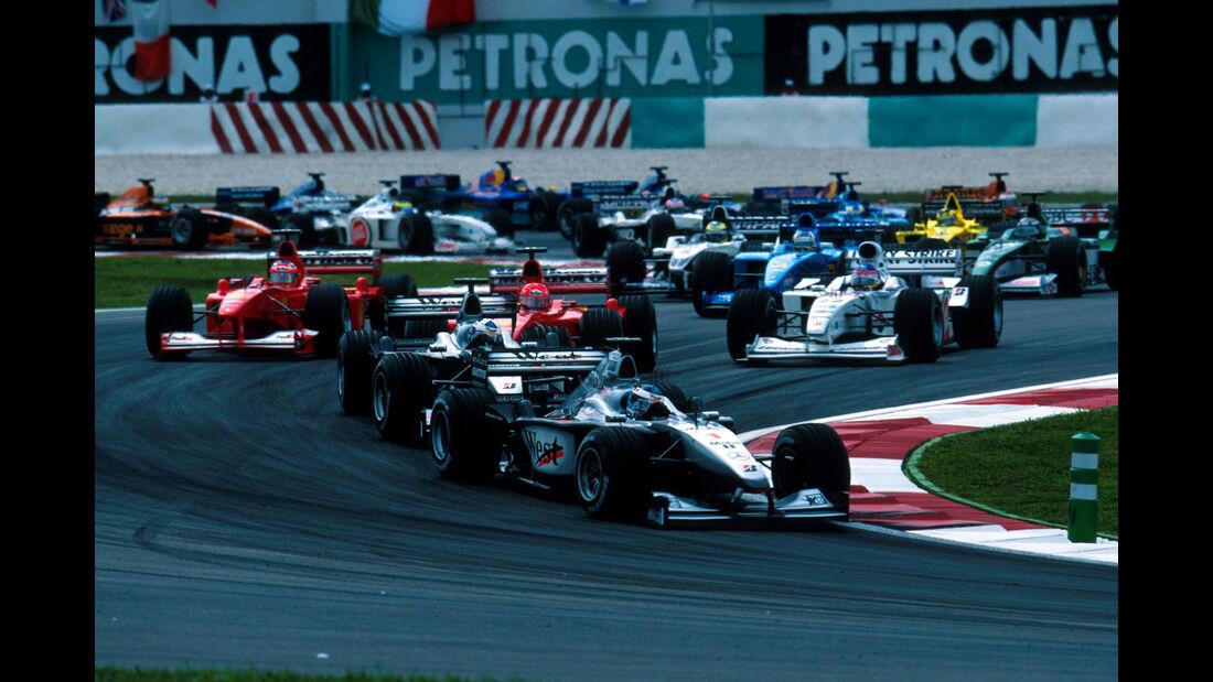 Mika Häkkinen - McLaren - GP Malaysia 2000
