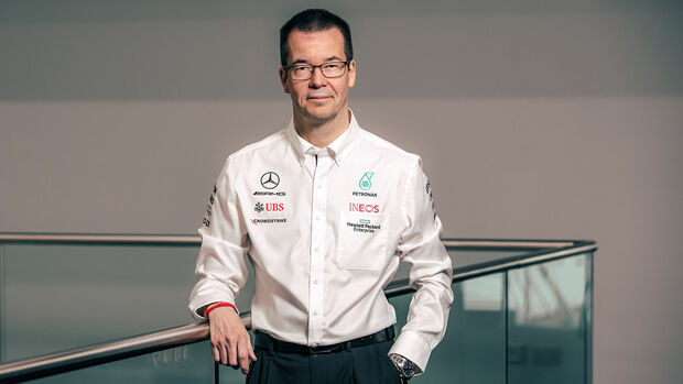 Mike Elliott - Mercedes - 2021