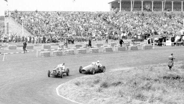 Mike Hawthorn - Cooper-Bristol - Ferrari 500 - Zandvoort 1952