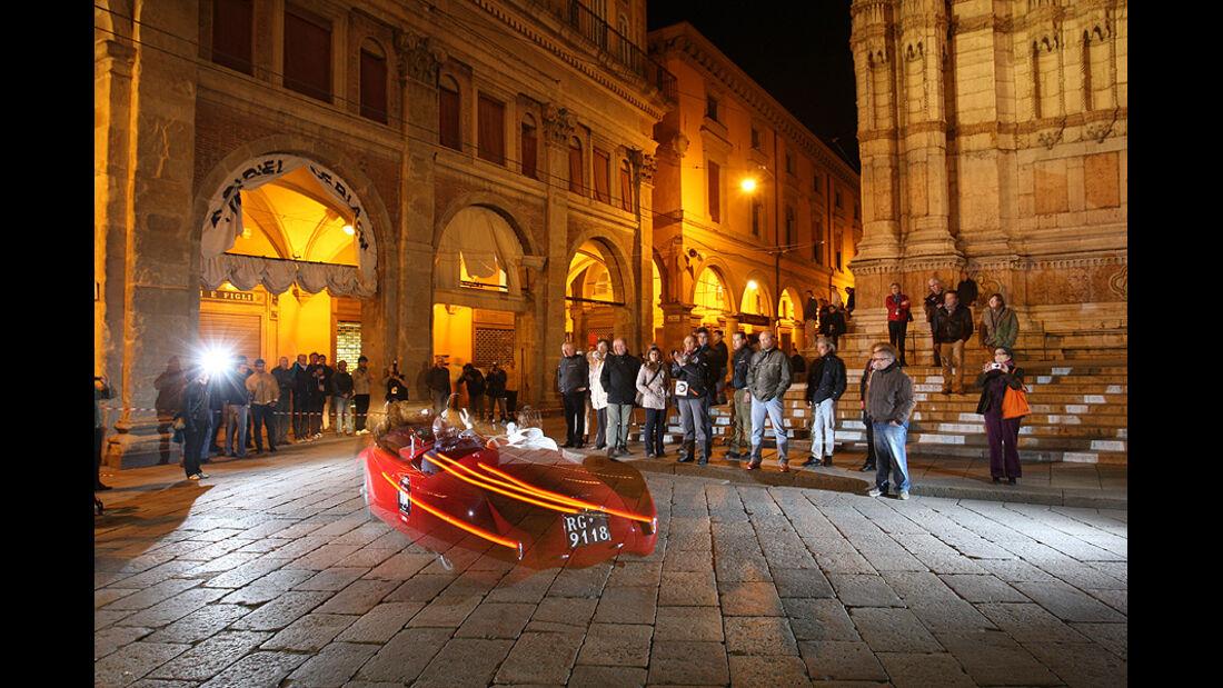 Mille Miglia 2010 - Nachtaufnahme