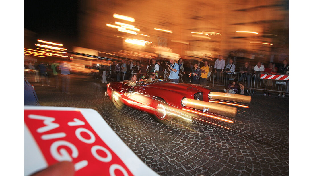 Mille Miglia 2011, mit Oldtimern von Brescia nach Rom