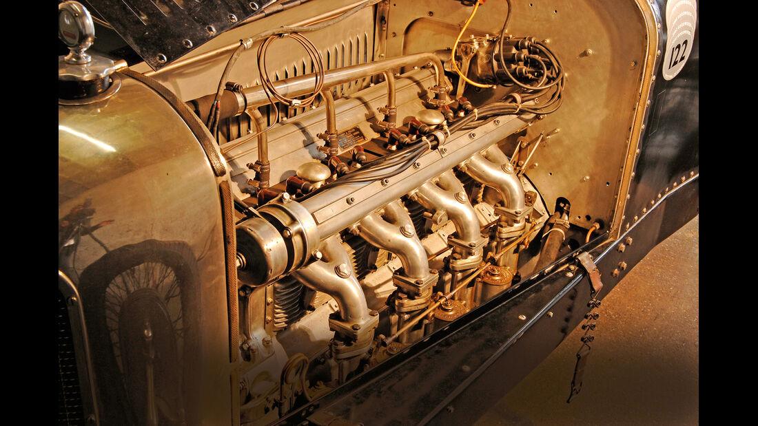 Miller 122 GP, Motor