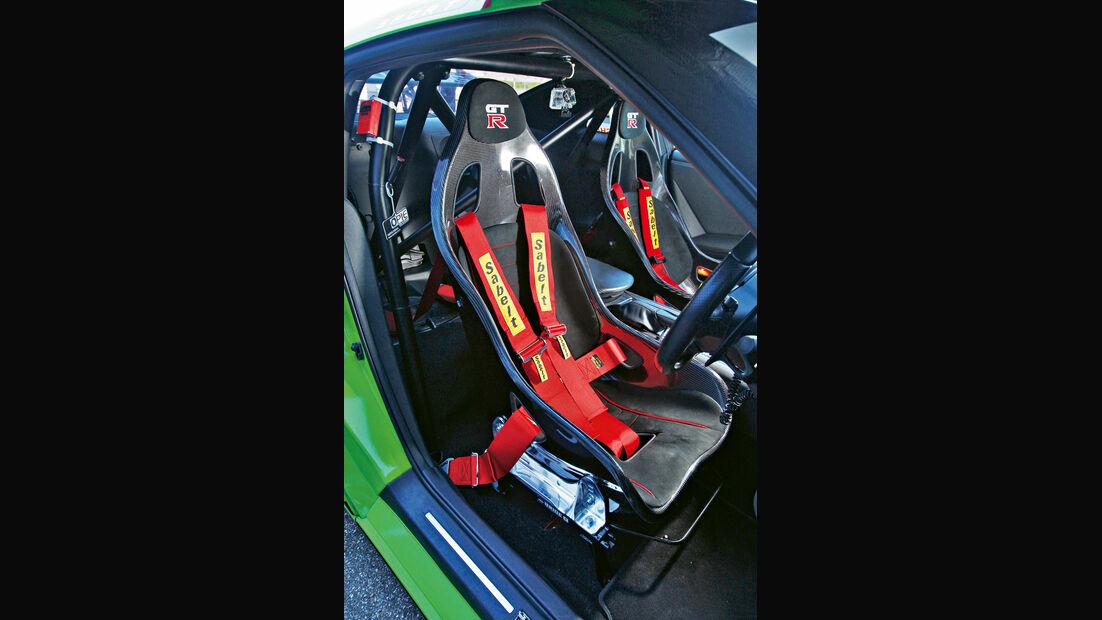 Milltek-Nissan GT-R, Fahrersitz