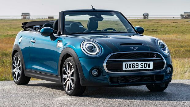 Mini Cabrio F57 Sideways (2020)