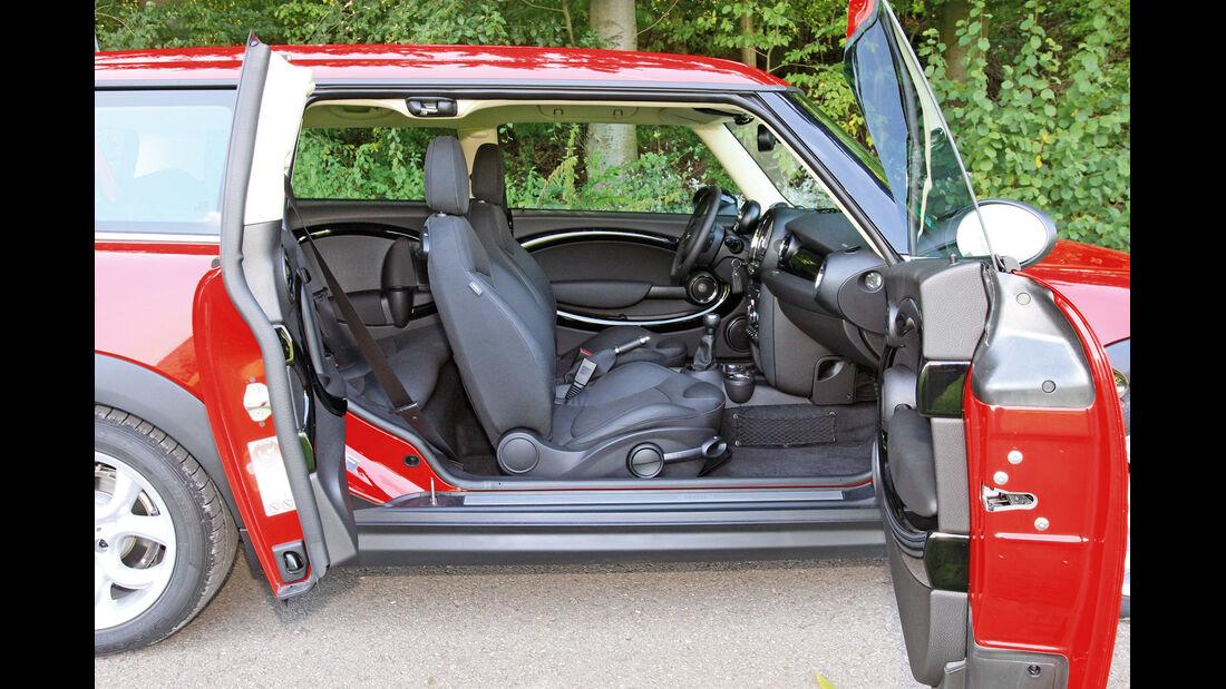 Mini Clubman One D, Cockpit, Fahrersitz