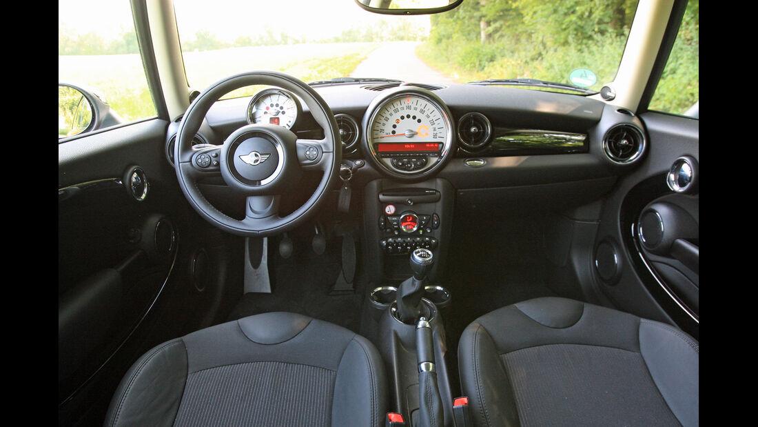 Mini Clubman One D, Cockpit, Innenraum