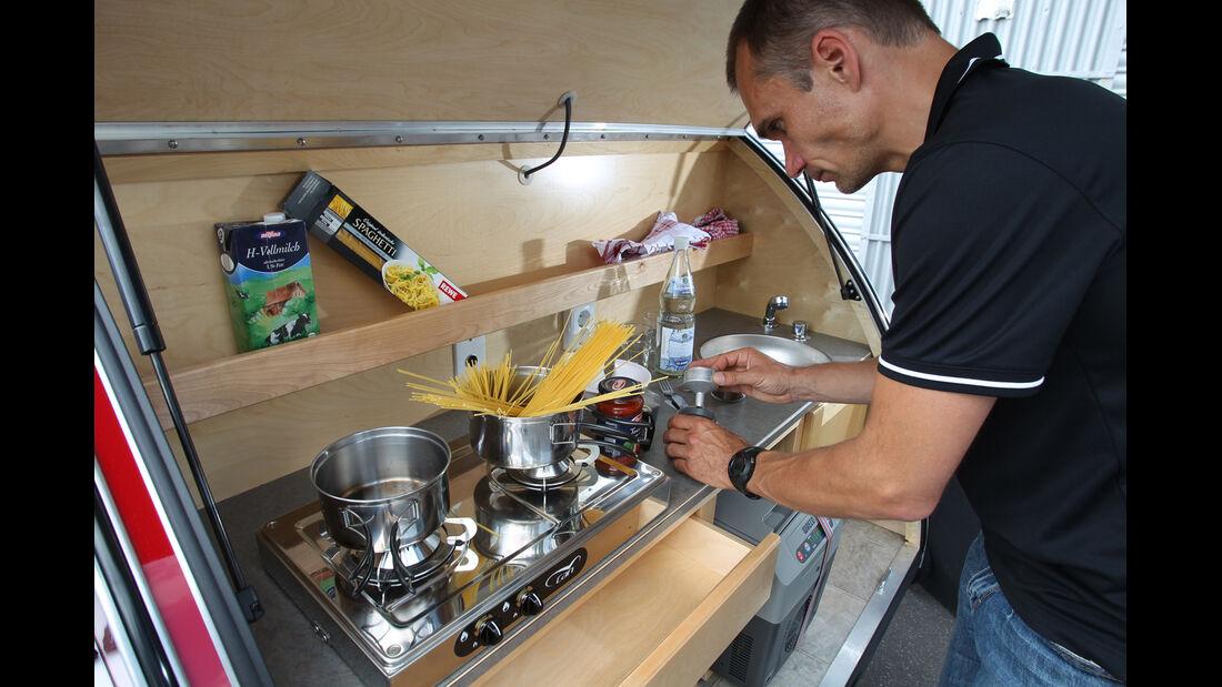 Mini Clubmann Cooper SD mit Cowley, Küche
