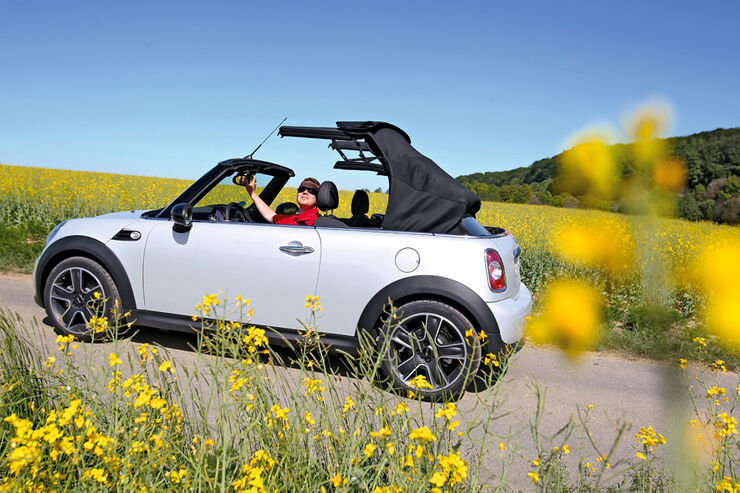 mini cooper cabrio im fahrbericht ausgekl geltes. Black Bedroom Furniture Sets. Home Design Ideas