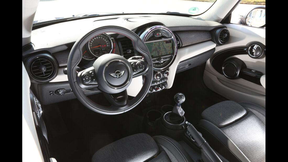 Mini Cooper, Cockpit