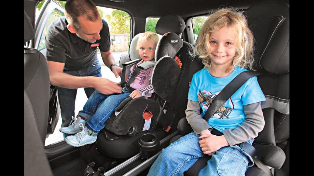 Mini Cooper Countryman, Kindersitze
