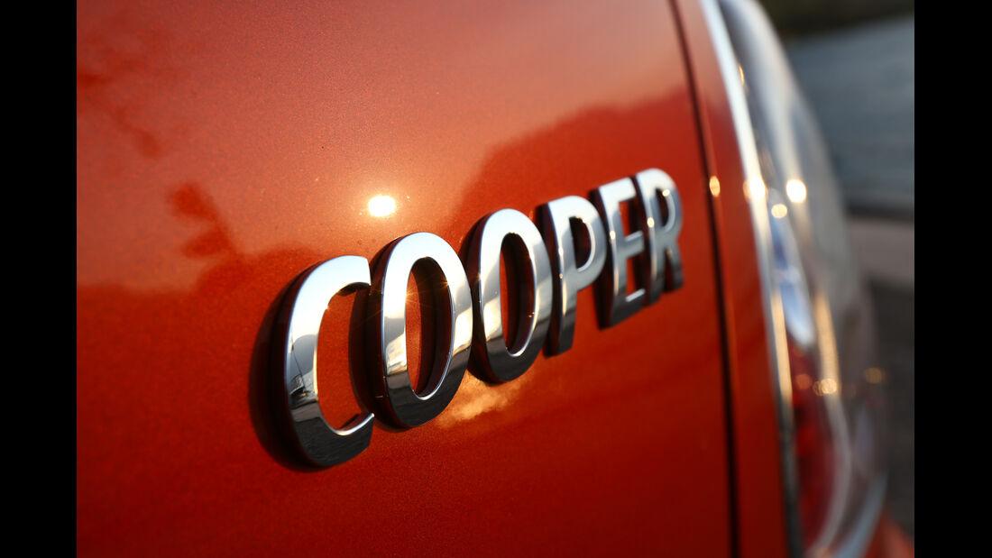 Mini Cooper Roadster, Tyenbezeichnung