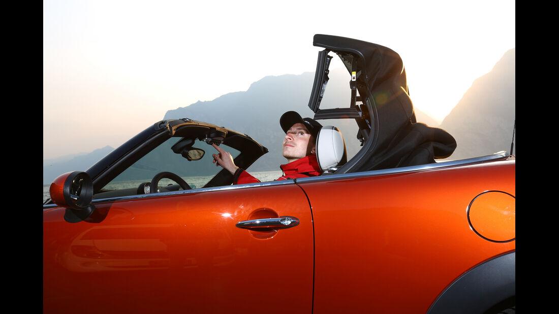 Mini Cooper Roadster, Verdeck, Öffnet
