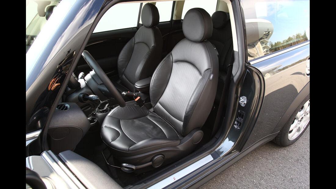 Mini Cooper SD Clubman, Fahrersitz, Vordersitze