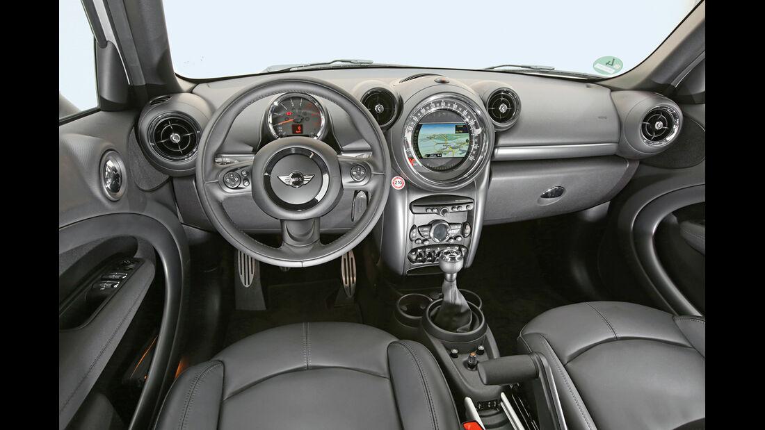 Mini Cooper SD Countryman All4, Cockpit