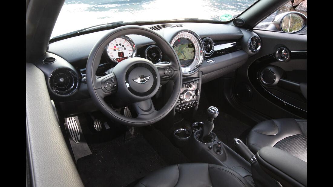 Mini Cooper SD Coupé, Lenkrad, Cockpit