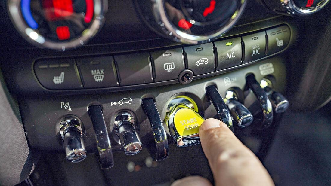 Mini Cooper SE Trim XL, Interieur