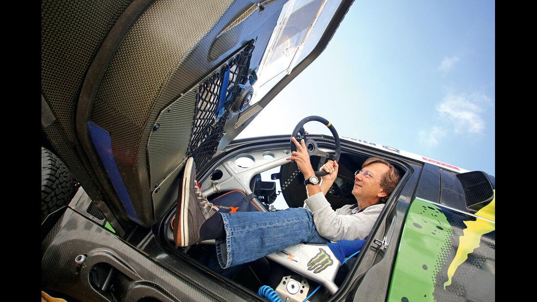 Mini Countryman All4-Prototyp, Fahrertür, Aussteigen