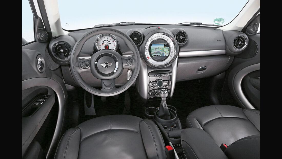 Mini Countryman Cooper D All4, Cockpit