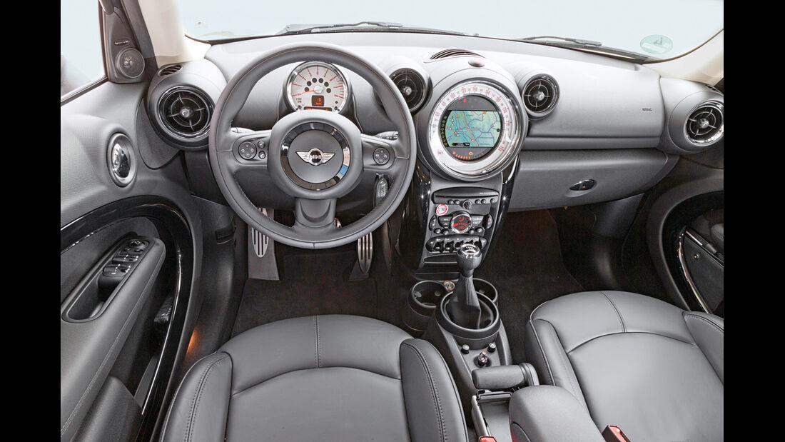 Mini Countryman Cooper S, Cockpit