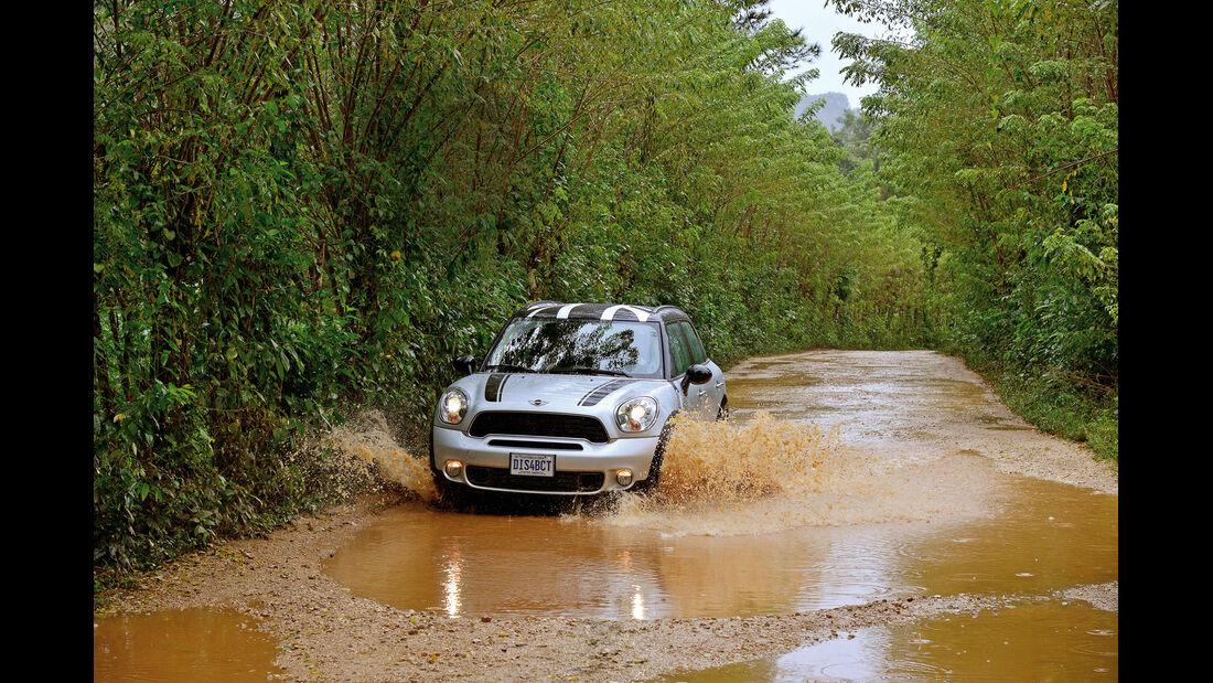 Mini Countryman Cooper S, Wasserdurchfahrt