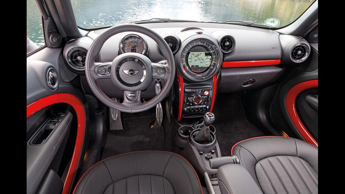 Mini Countryman JCW All4, Cockpit