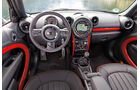 Mini Countryman JCW All4, Cockpit