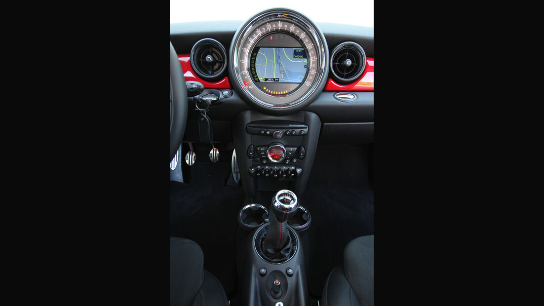 Mini Coupe Cooper Works, Mittelkonsole