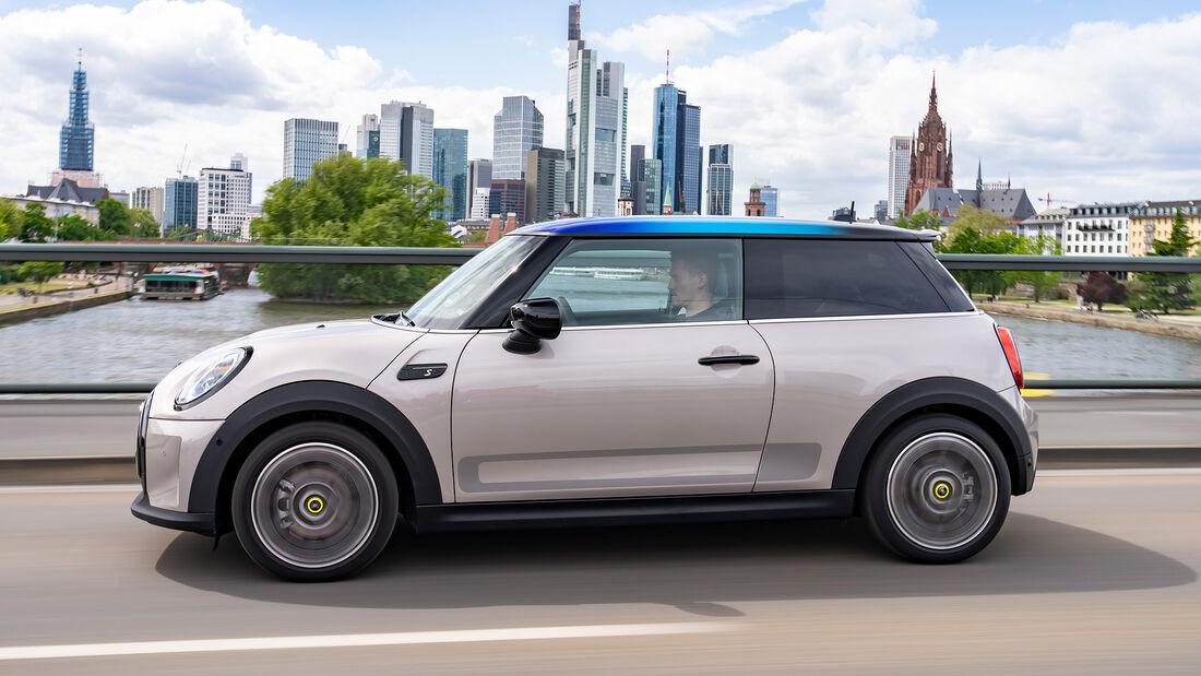 Mini Facelift 2021, Mini Cooper SE, Fahrbericht