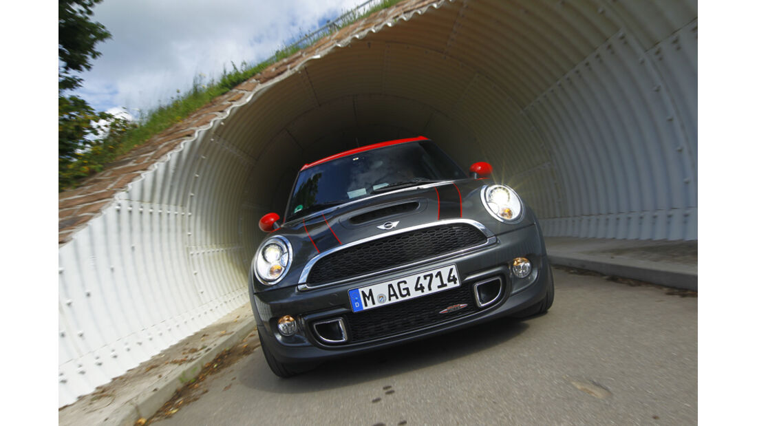 Mini JCW Clubman Facelift, Frontansicht, Kühlergrill
