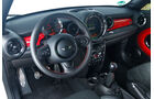 Mini JCW Coupé, Cockpit