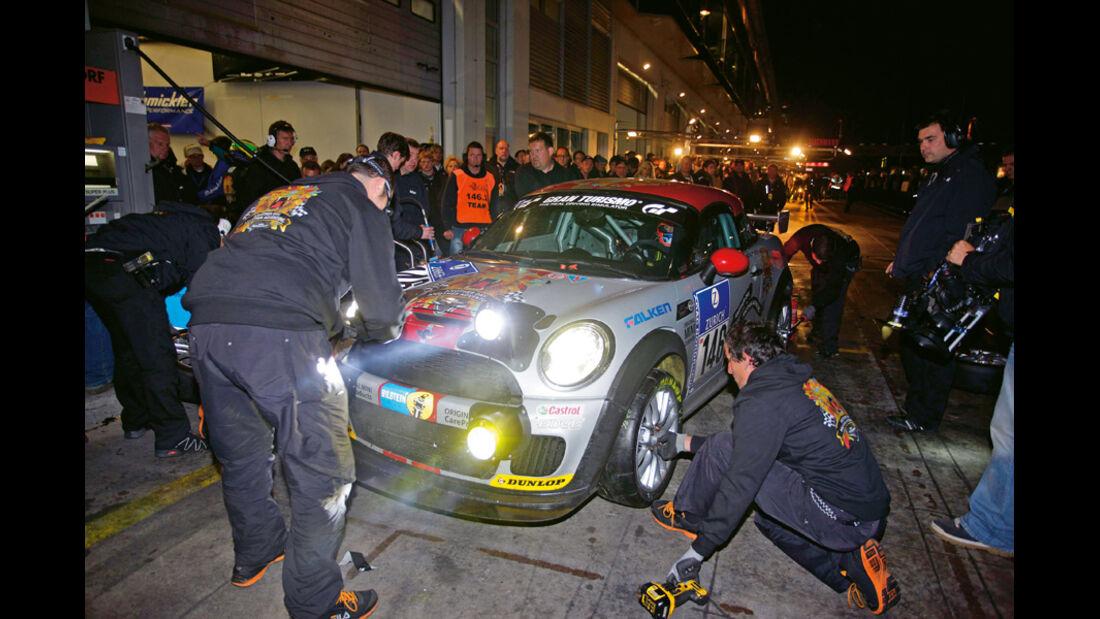 Mini John Cooper Works Coupe Endurance, Boxenstopp, Nürburgring