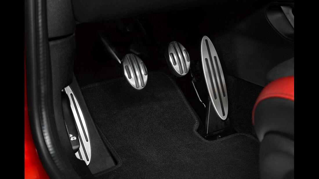 Mini John Cooper Works - Kleinwagen - Kleinwagensportler - Pedale - Innenraum