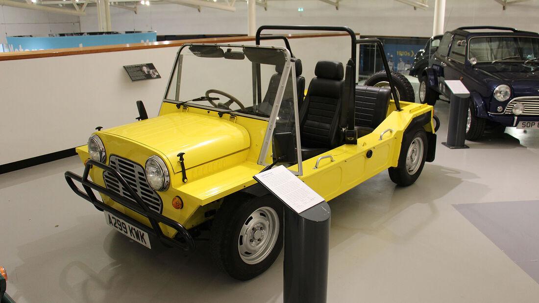 Mini Moke aus Portugal im British Motor Museum