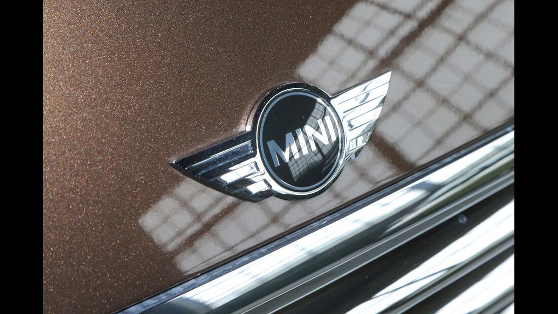 Mini One, Emblem