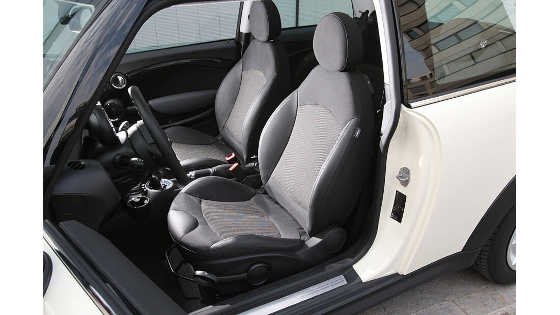 Mini One Minimalist, Fahrersitz