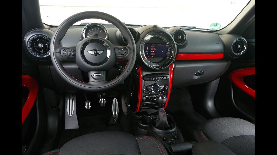 Mini Paceman, Cockpit