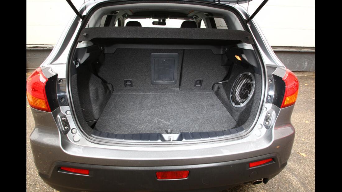 Mitsubishi ASX 1.8 DI-D 4WD, Kofferraum