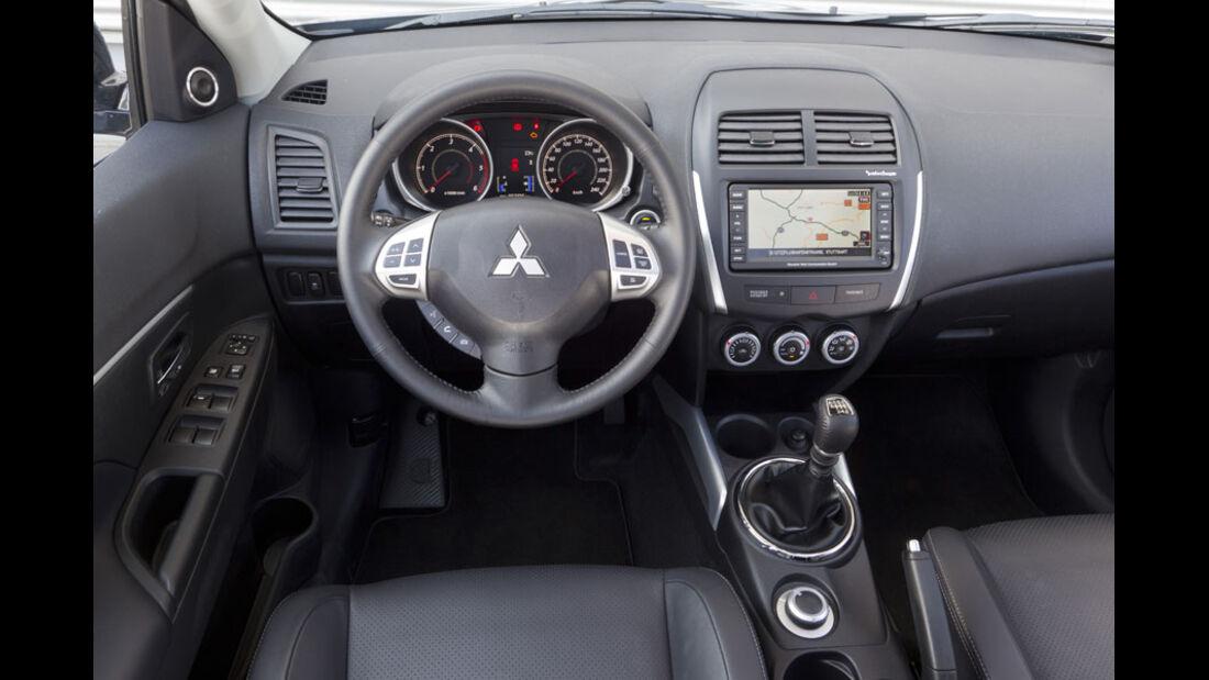 Mitsubishi ASX, Cockpit