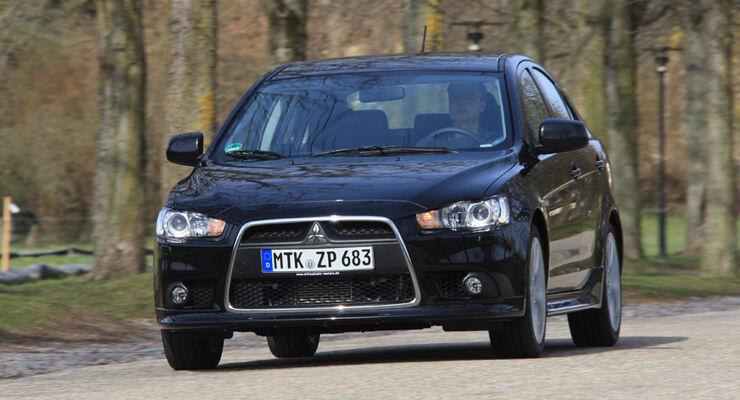 Mitsubishi Lancer, Front