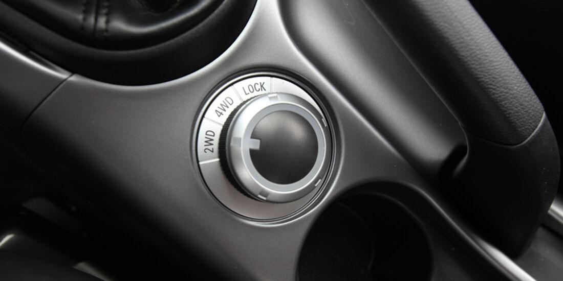 Mitsubishi Outlander, 2.2 DI-D Instyle, Allrad-Knopf