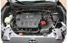 Mitsubishi Outlander, 2.2 DI-D Instyle, Motor