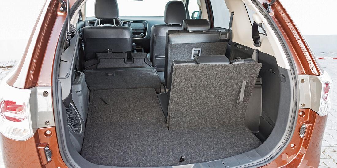 Mitsubishi Outlander 2.2 Di-D 4W, Kofferraum
