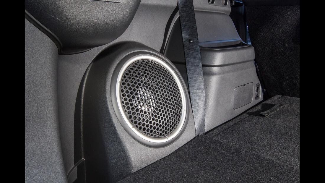 Mitsubishi Outlander 2.2 Di-D 4WD Instyle, Lautsprecher