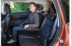 Mitsubishi Outlander 2.2 Di-D 4WD Instyle, Rückbank, Beinfreiheit