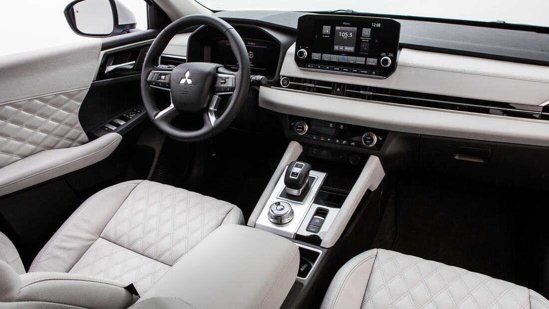 Mitsubishi Outlander MY 2022 Premiere