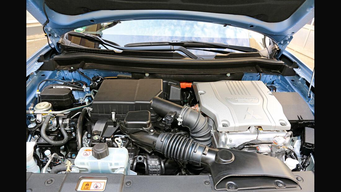 Mitsubishi Outlander PHEV, Motor