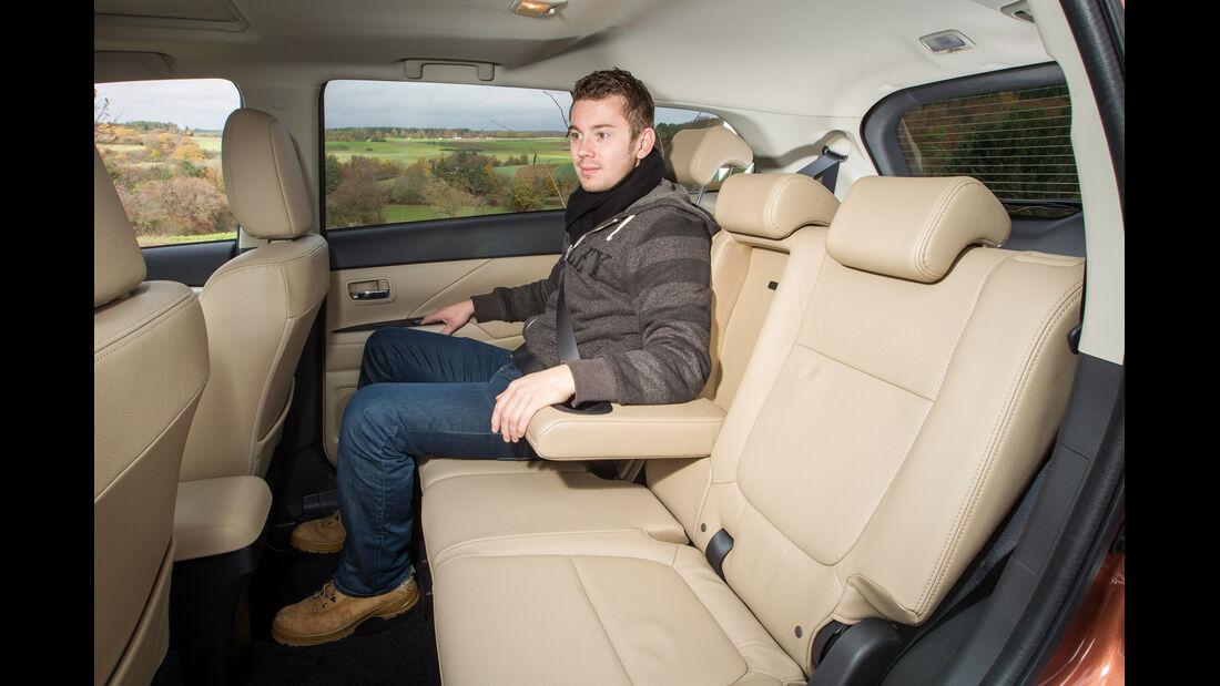 Mitsubishi Outlander, Rücksitz, Armlehne