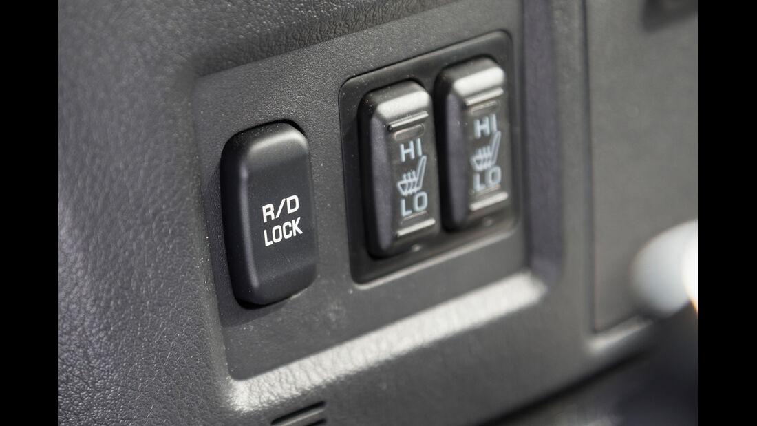 Mitsubishi Pajero 3.2 Di-D, Bedienelemente