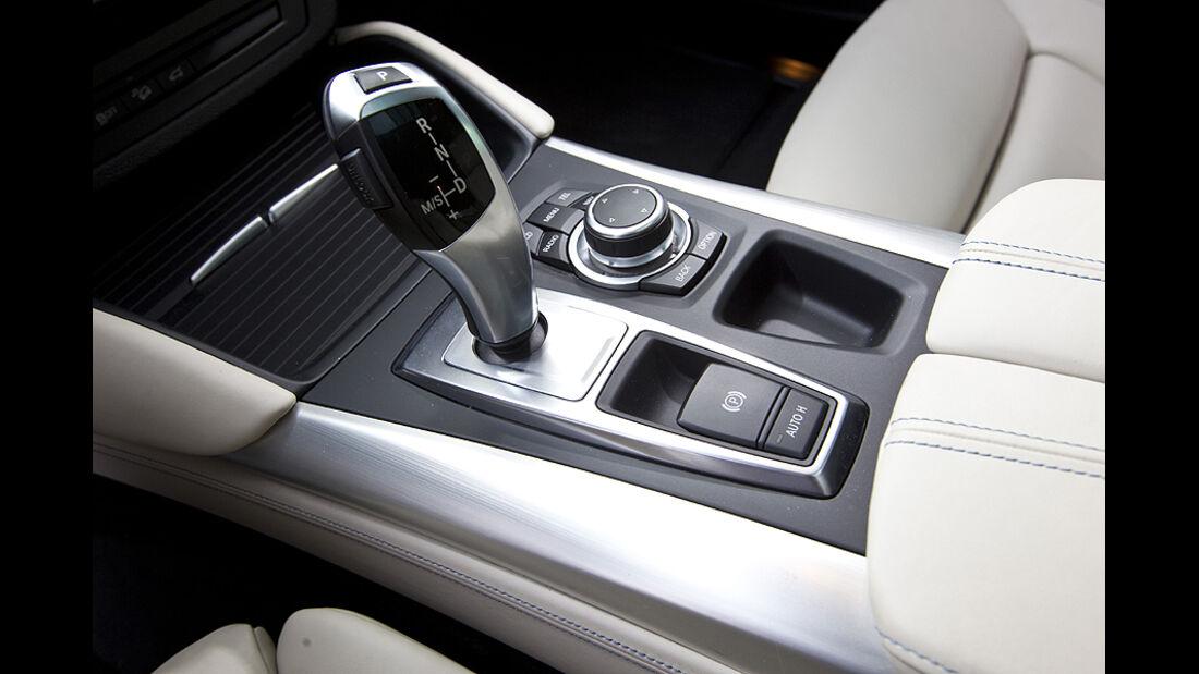 Mittelkonsole im BMW Active Hybrid X6